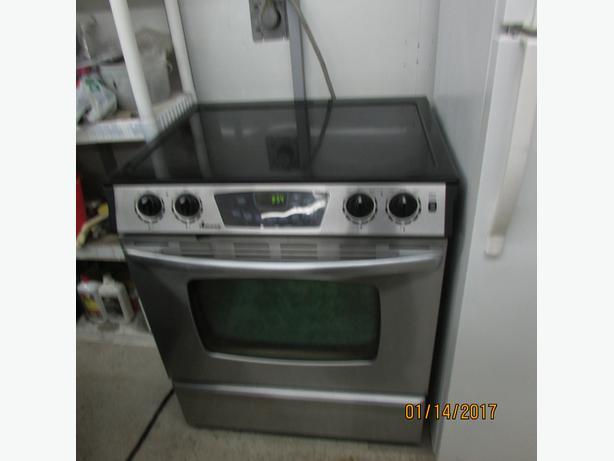 Flat Top Stove ~ Amana self clean flat top stove east regina