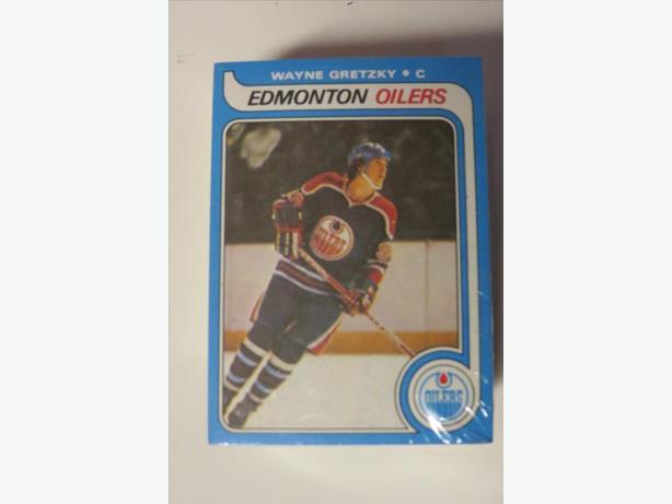 Wayne Gretzky  Rookie Card (reprint)