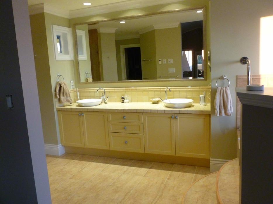 Free Bathroom Vanity And Fixtures Saanich Victoria