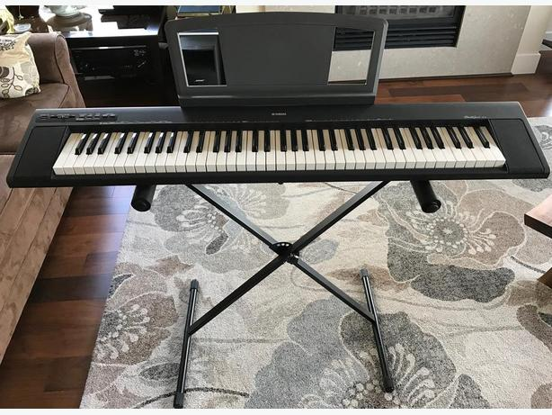 yamaha electric piano portable grand np 30 west shore. Black Bedroom Furniture Sets. Home Design Ideas
