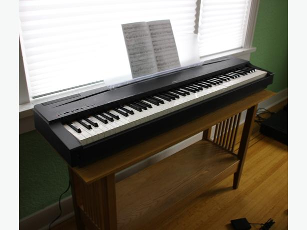 Yamaha p70 digital piano saanich victoria mobile for Yamaha piano store winnipeg