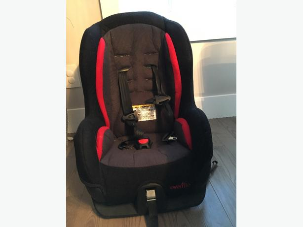 evenflo tribute carseat east regina regina. Black Bedroom Furniture Sets. Home Design Ideas