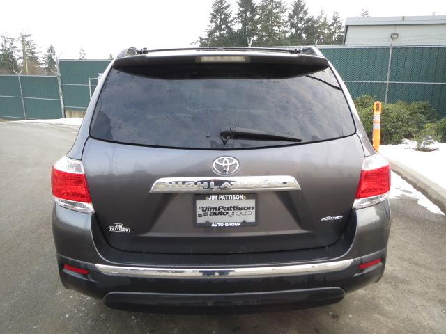 2011 toyota highlander v6 limited awd outside metro. Black Bedroom Furniture Sets. Home Design Ideas