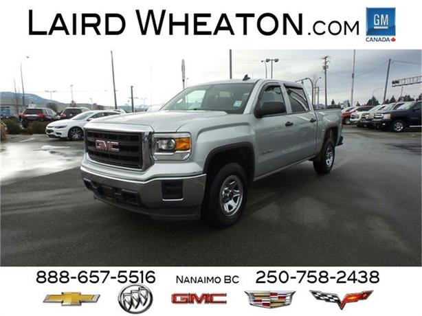 2015 GMC Sierra 1500 4x4 w/ Trailering Package and Back-Up Camera