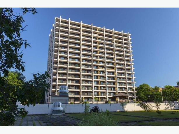 Disp. maint. A voir  2 1/2 Montcalm Appartements les Habitats - Avail. now Nice