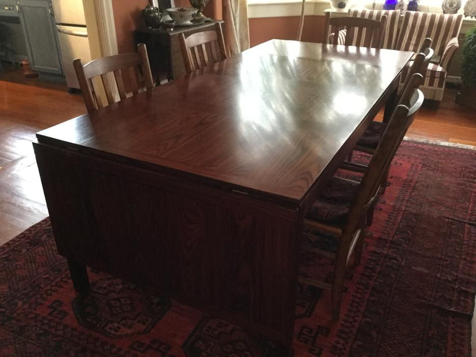 Mid century Danish Modern Rosewood Dining Table Victoria  : 57703312934 from www.usedvictoria.com size 934 x 700 jpeg 73kB