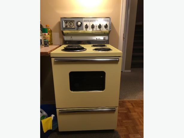 free apartment sized stove saanich victoria
