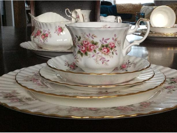 Royal Albert Lavender Rose 36pc new price