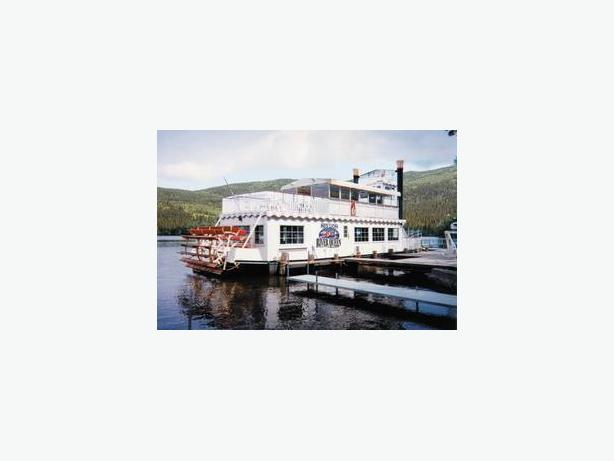 Skipperliner Paddlewheeler For Sale - River Queen
