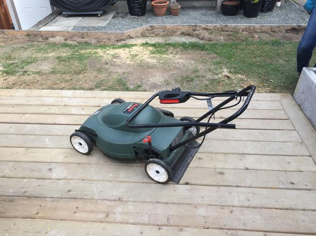 18 Quot Black And Decker Corded Electric Lawn Mower Reduced