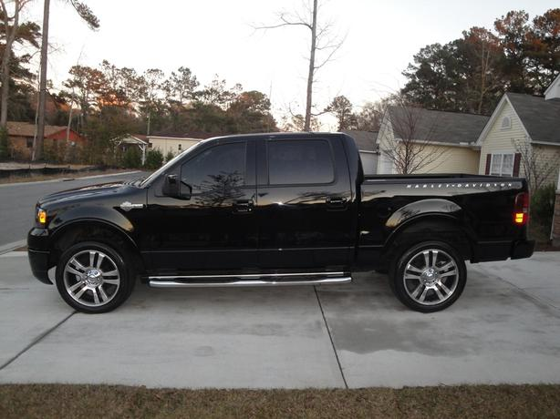 2007 ford f 150 supercrew harley davidson fully loaded 4x4 f150 outside victoria victoria. Black Bedroom Furniture Sets. Home Design Ideas