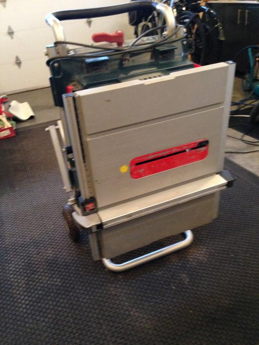 Bosch Model 4000 Table Saw Mounted On Bosch Gravity Stand Parksville Parksville Qualicum Beach