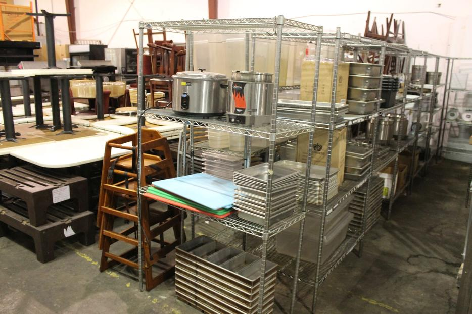 Mortons steakhouse furniture auction outside south