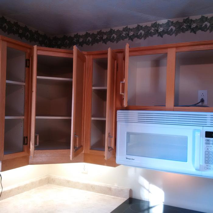 Oak shaker cabinets c w countertop saanich victoria for Kitchen cabinets kamloops