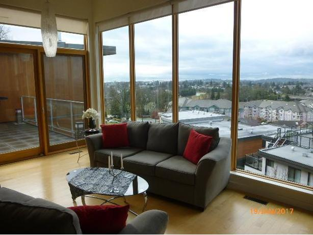 STUNNING VIEW TOWNHOME NEXT TO CHRISTMAS HILL VICTORIA B.C.