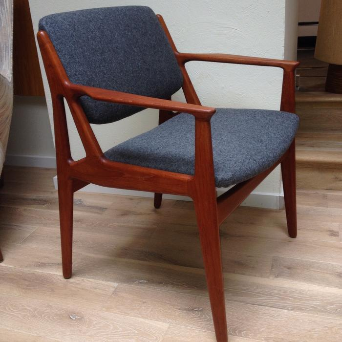 Spectacular arne vodder teak arm chair with pivoting back for Consignment furniture clearwater