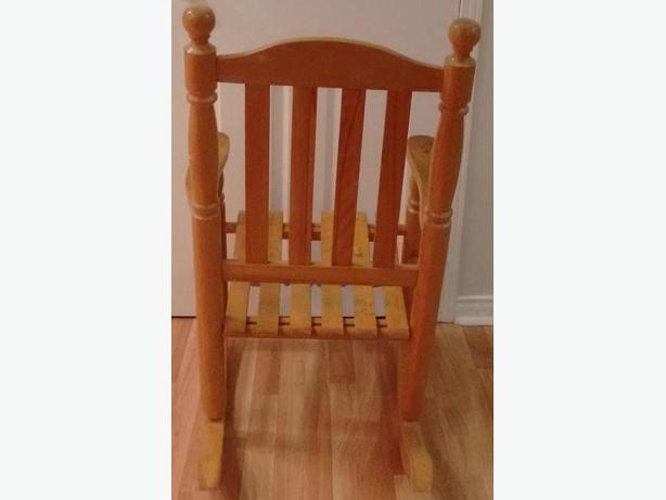 rocking chair for sale gatineau sector quebec gatineau. Black Bedroom Furniture Sets. Home Design Ideas