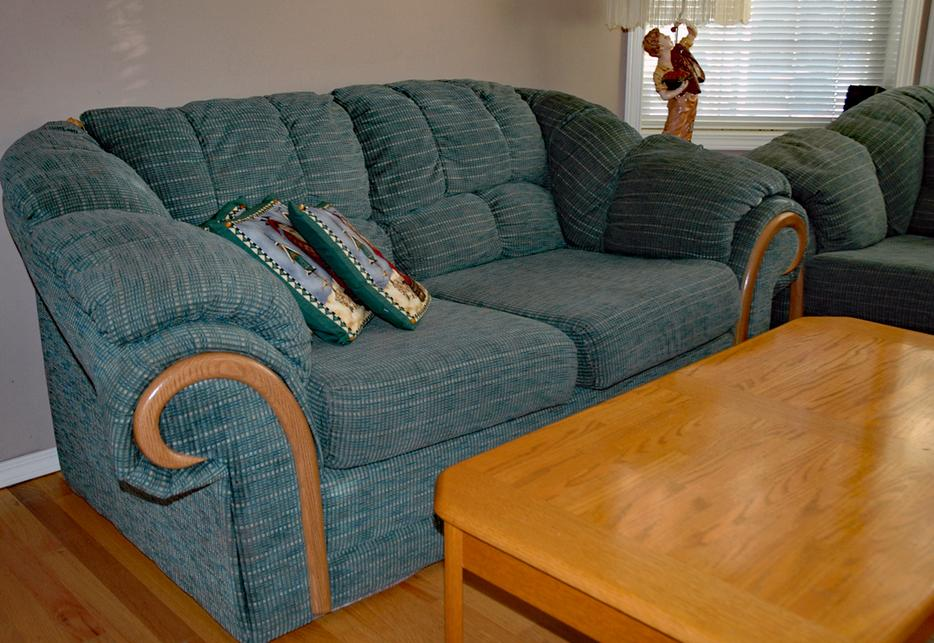 Sofa and loveseat sooke victoria mobile for Sofa bed victoria bc