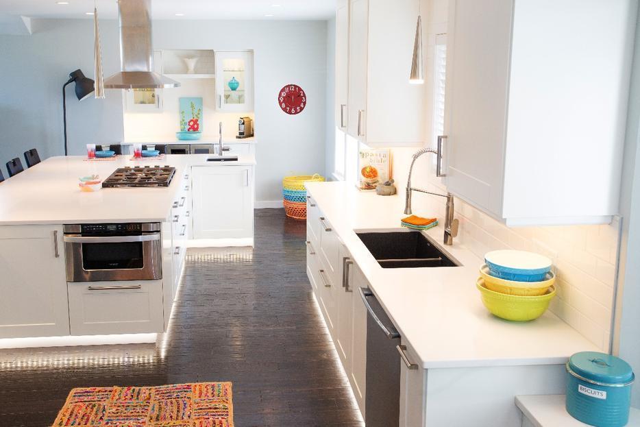 Kitchen designer victoria city victoria for Kitchen cabinets vernon bc