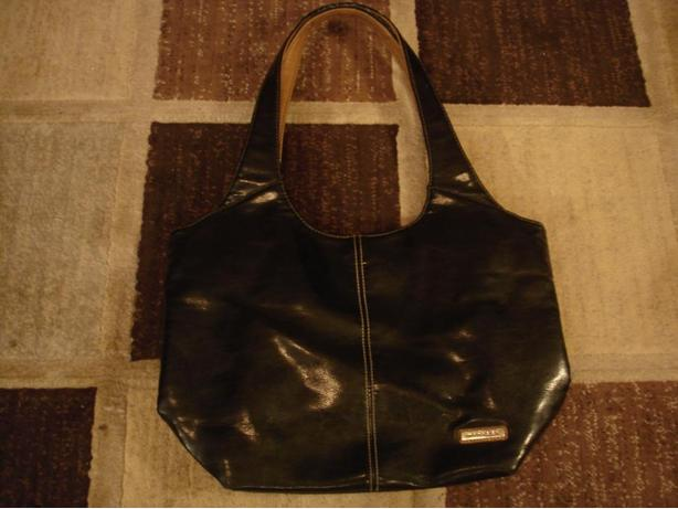 Lovely black Minicci medium size handbag