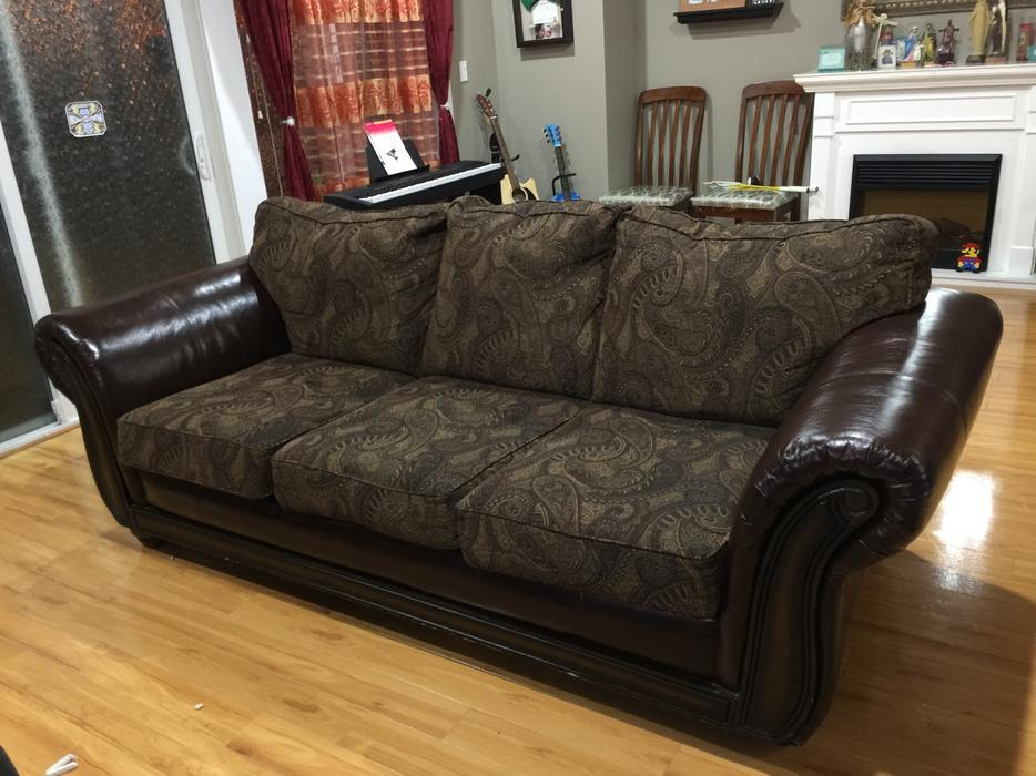 Full size sofa for sale west shore langfordcolwood for Sectional sofas for sale red deer