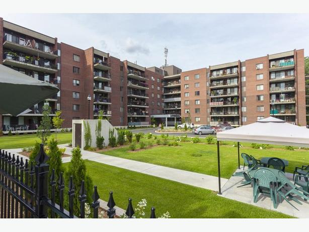 Disp. Mar    4 1/2 Pointe-Claire Appartements Lanthier Royal - Avail. Mar  Clea
