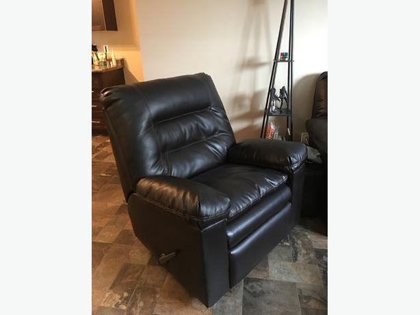 Ashley Furniture Knox Rocker Recliner In Brown North