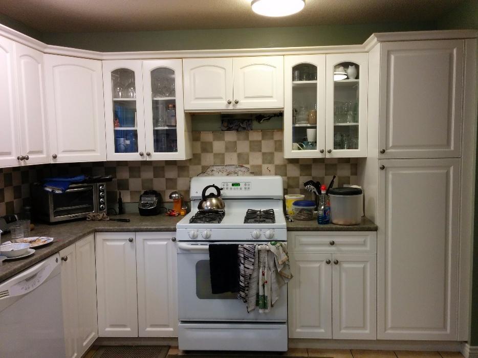 Kitchen cabinets cedar nanaimo for Kitchen cabinets nanaimo