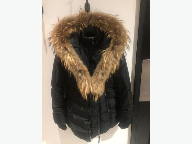 ADALI – Mackage Jacket LARGE
