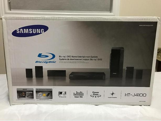 BlueRay/DVD player home theatre entertainment sytem