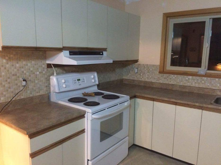 used kitchen cabinets kelowna kitchen cabinets with a countertop 400 obo west shore 27830