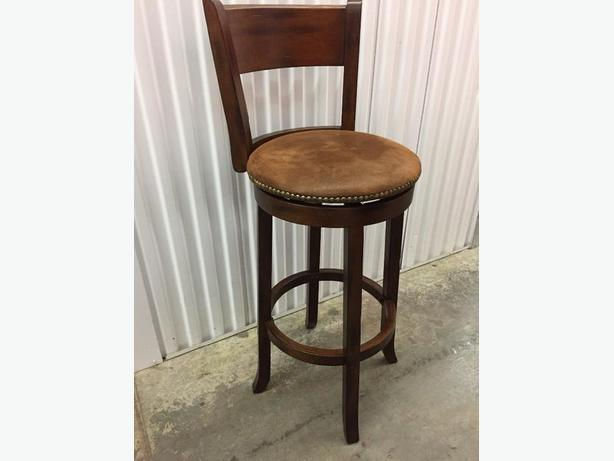 2 beautiful high end wood swivel bar stool west shore for High end bar stools swivel
