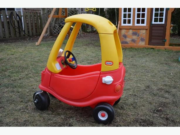Little Tikes Ride On Toys : For sale little tikes cozy coupe ride on toy victoria city