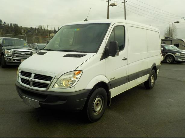 2008 dodge sprinter 2500 144 in wb diesel cargo van with. Black Bedroom Furniture Sets. Home Design Ideas