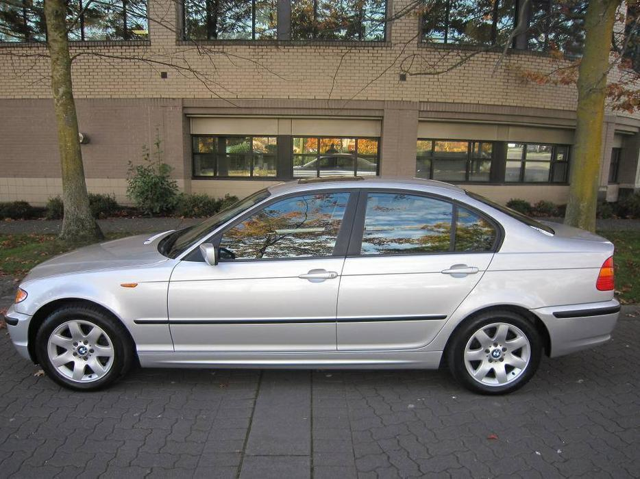 2002 bmw 325i on sale local vehicle central nanaimo parksville qualicum beach mobile. Black Bedroom Furniture Sets. Home Design Ideas