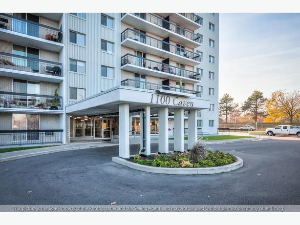 1100 Caven Street – Incredibly spacious 3-bedroom Condo!
