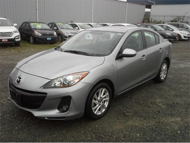 2013 Mazda Mazda3 GS Luxury