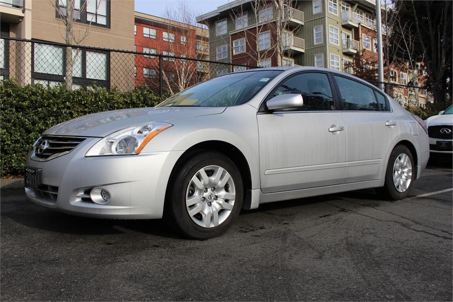 2011 Nissan Altima 2 5 S Victoria City Victoria Mobile