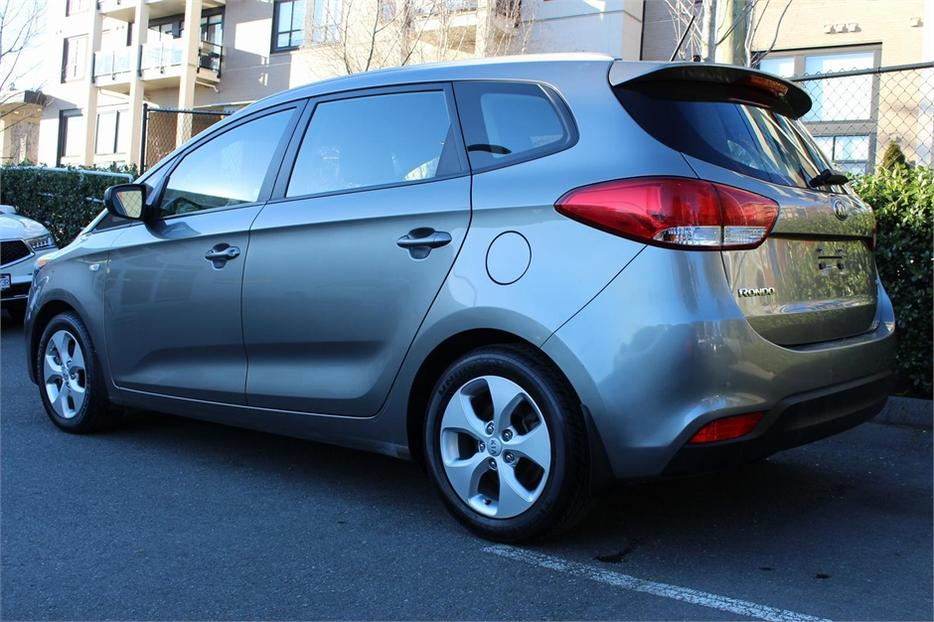 2014 Kia Rondo 7 Pass Back Up Sen Victoria City Victoria