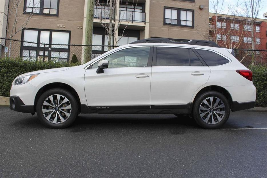 2015 subaru outback 3 6r w limited pkg outside nanaimo nanaimo. Black Bedroom Furniture Sets. Home Design Ideas