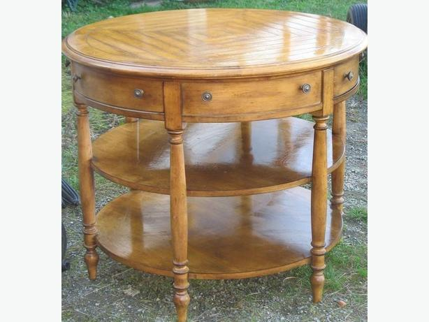 Foyer Table Used : Foyer entry table sooke victoria mobile