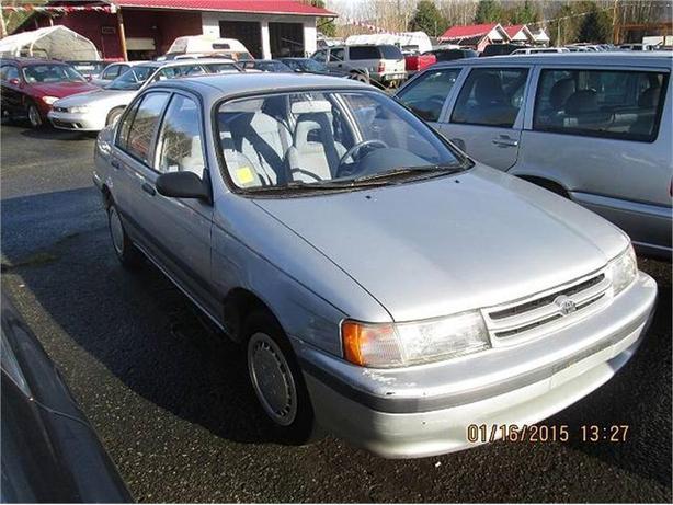 1994 Toyota Tercel DX 4-Door sedan
