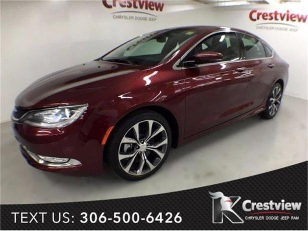 2015 Chrysler 200 C AWD | Leather | Navigation