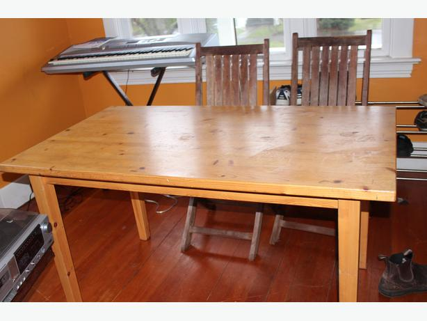 free dining room table | FREE: IKEA Pine Dining Room Table Victoria City, Victoria