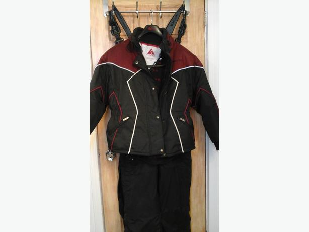 Snowmobile /Costume / Habit de motoneige ou VTT 300$ chaque/each suit