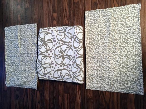Ikea Full Duvet Cover & 2 Pillow Cases