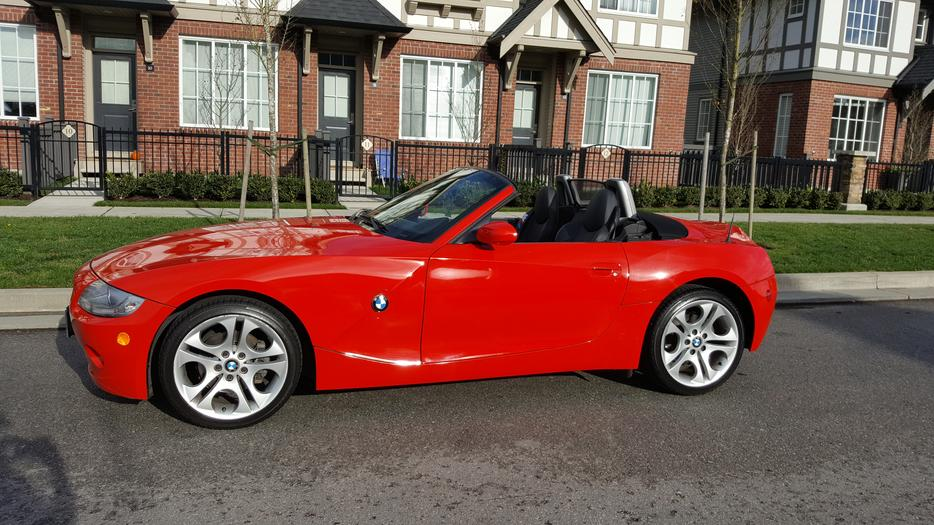 British Racing Red Bmw Z4 Roadster 20 000 Kms Loaded