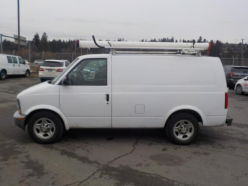 2005 chevrolet astro cargo van 2wd with rear shelving and roof rack outside edmonton area. Black Bedroom Furniture Sets. Home Design Ideas