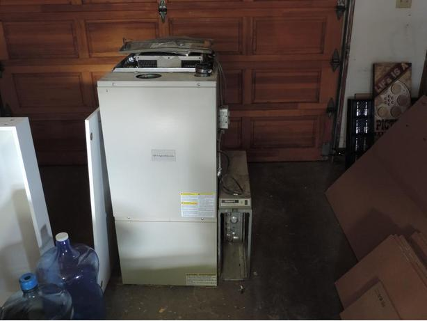 Furnace Air Cleaners : Frigidaire high efficiency gas furnace with air cleaner