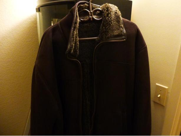 MEN'S FAUX WARM WINTER COAT  SIZE XXL- $ 40. Compare at $100+